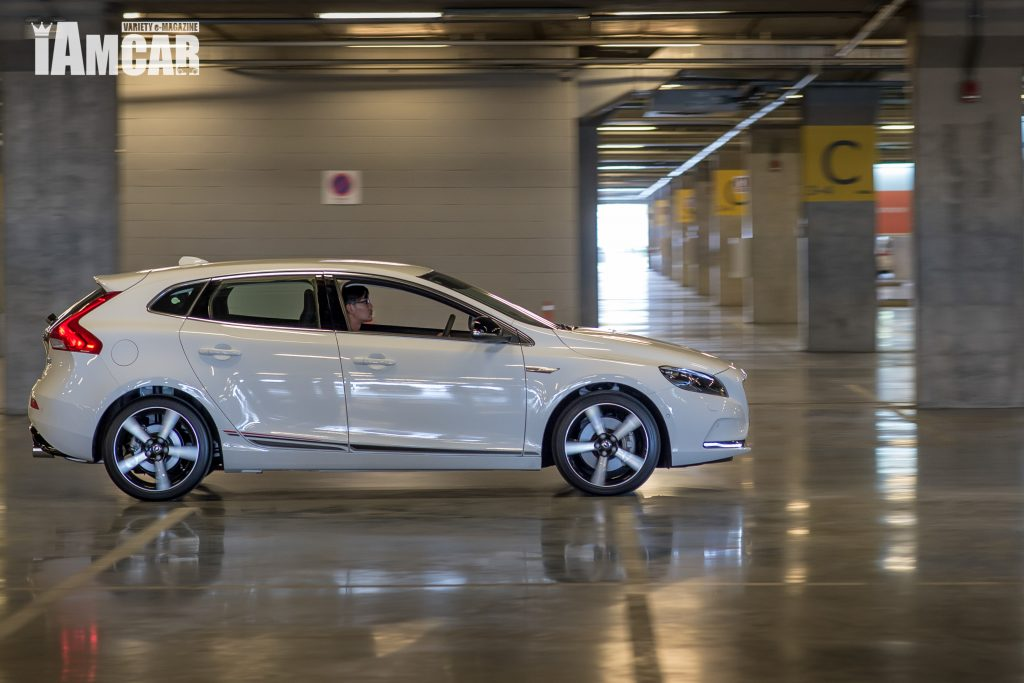 Volvo V40 T5 R-Limited