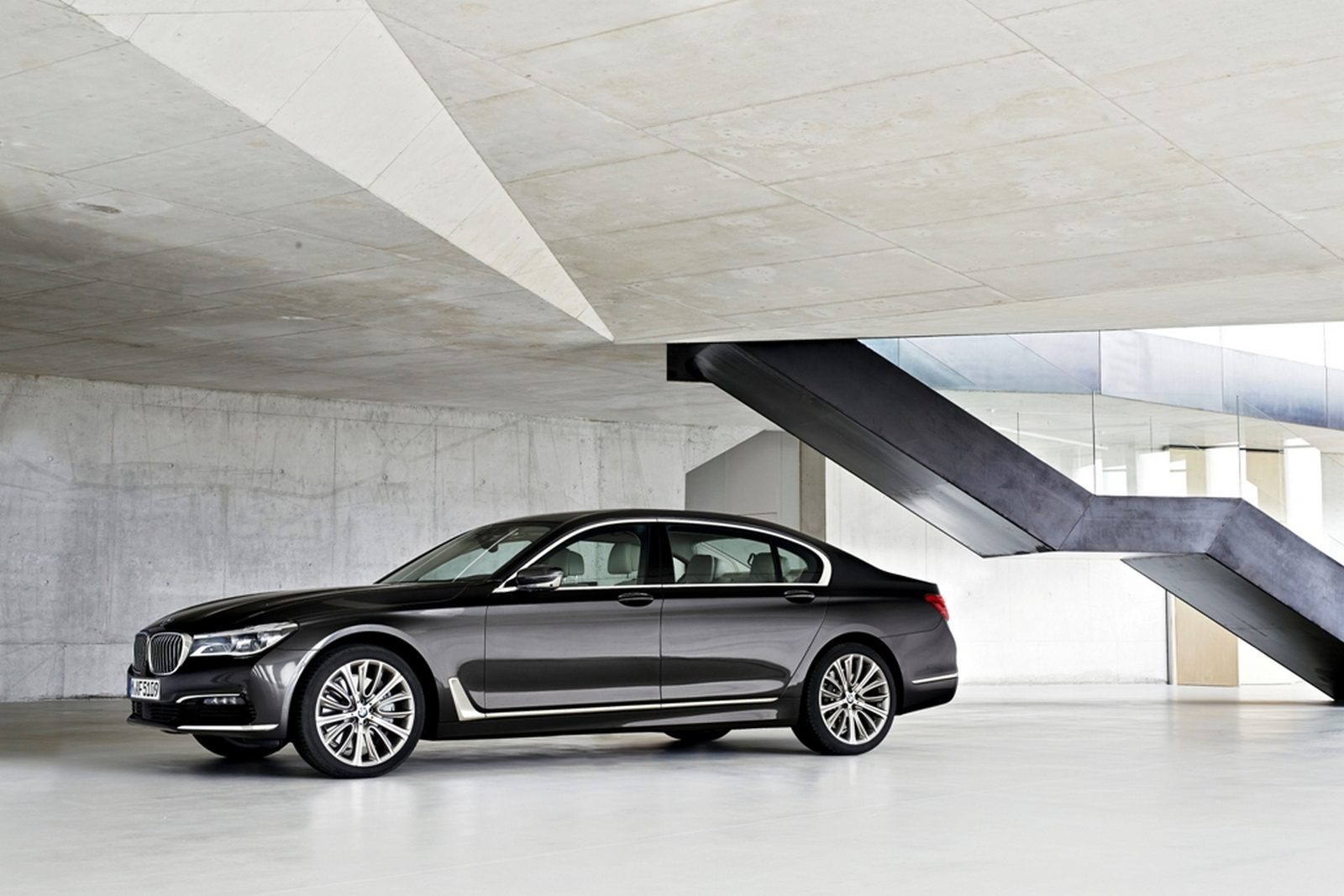 BMW 740Li Pure Excellence
