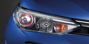 Toyota Yaris Ativ : ไฟหน้า Projector รมดำ