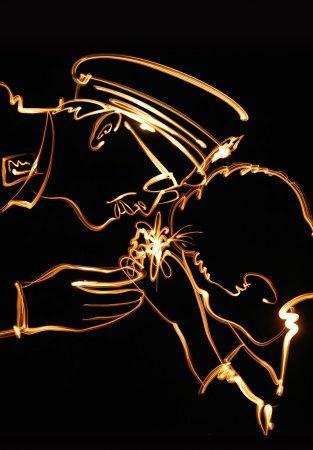 """""""วาดภาพด้วยแสง พระบรมสาทิสลักษณ์ พระบาทสมเด็จพระเจ้าอยู่หัวรัชกาลที่ 9"""" โดยคุณ Chub Nokkaew"""