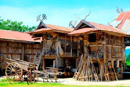 """แนะนำ 5 ที่เที่ยว เมื่อมาเยือน """"เชียงคาน"""" จูงมือกันมาบอกรัก...เลย chiang khan : บ้านพิพิธภัณฑ์ไทดำ"""