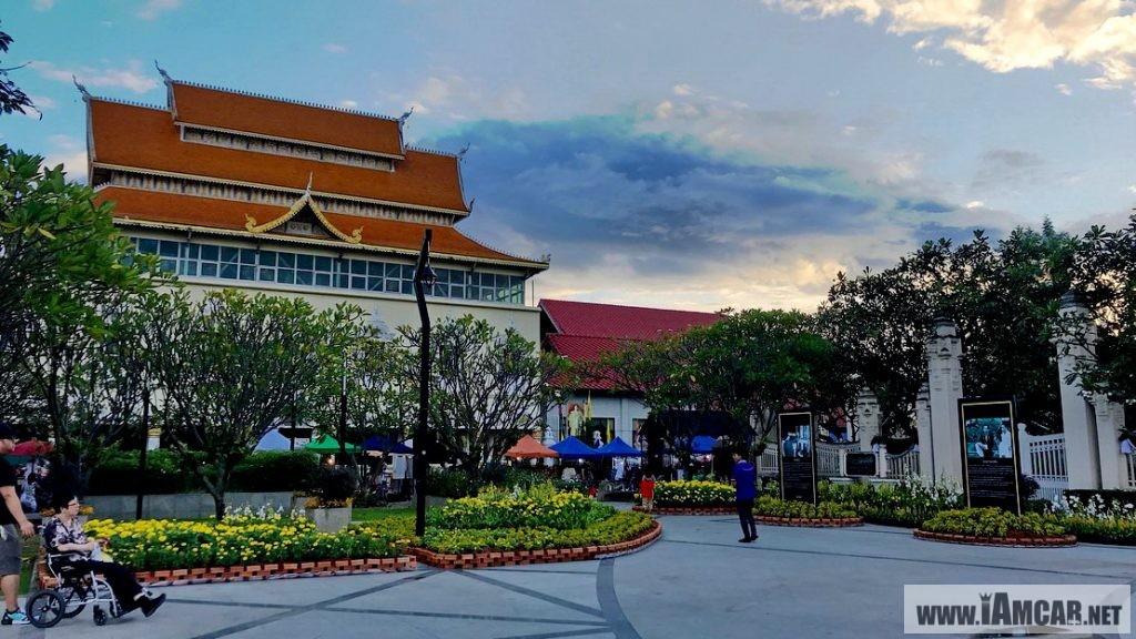 รีวิว แนะนำการเดินเที่ยว ถนนคนเดิน วันอาทิตย์ ท่าแพ เชียงใหม่ (Chiangmai Walking Street)