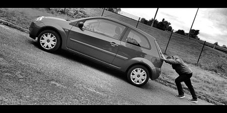 eco_car_up_hill_02