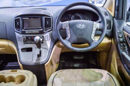 ฮุนไดเปิดตัวรถยนต์พลังงานไฟฟ้า ฮุนได ไอออนิค พร้อมแนะนำรถรุ่นตกแต่งพิเศษ เอช-วัน แบล็กซีรีส์ ที่งานบางกอกอินเตอร์เนชั่นแนลมอเตอร์โชว์ครั้งที่ 39