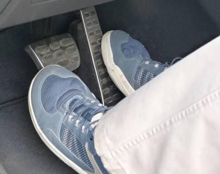 left_foot_brake_01