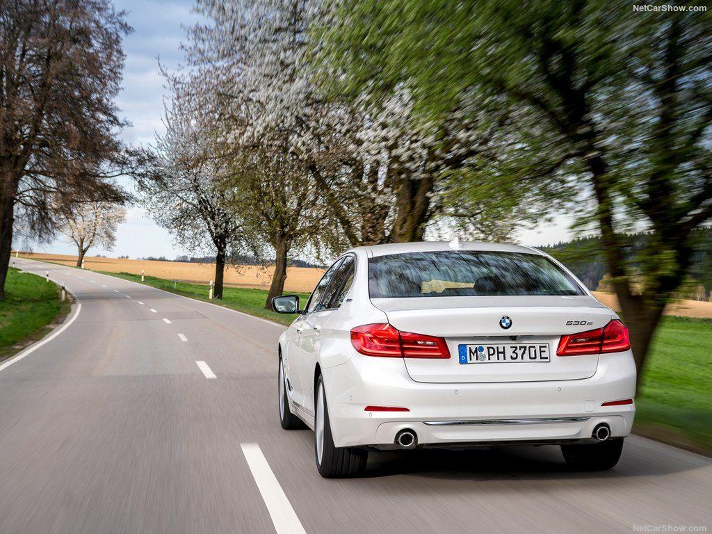 BMW-530e_iPerformance-2018-1024-2f