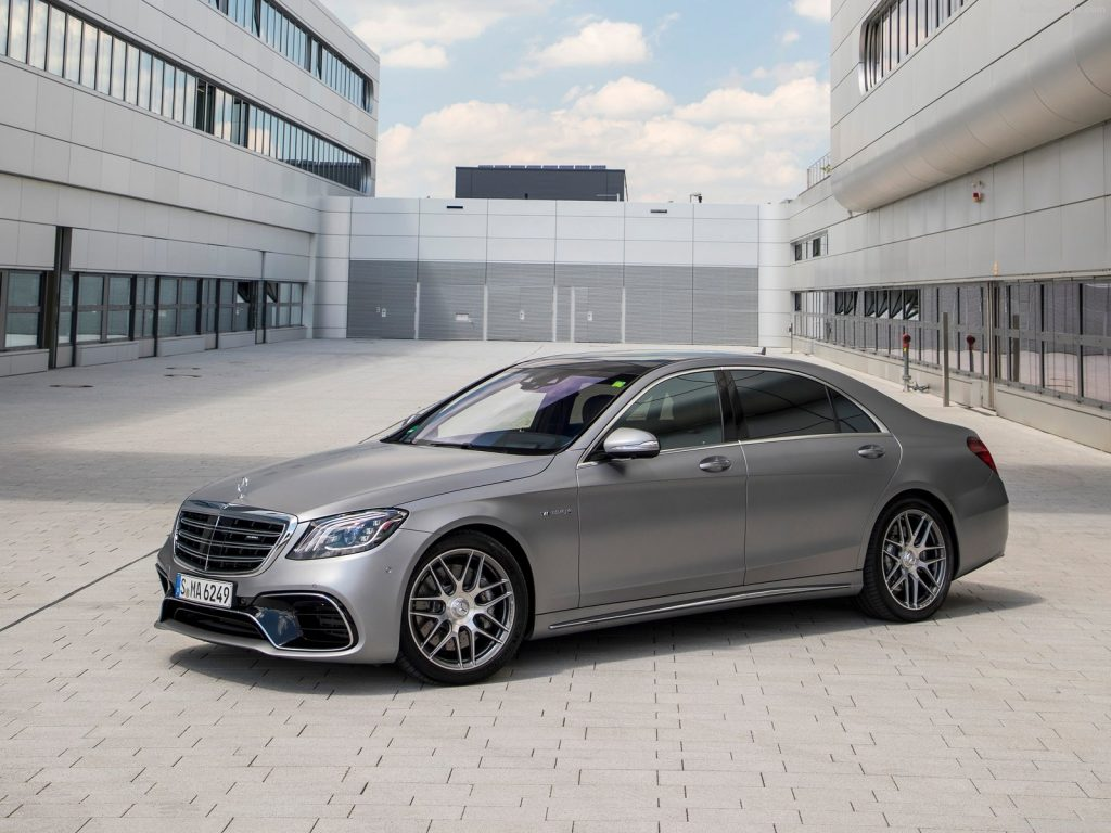 Mercedes-Benz S63 4MATIC+ AMG