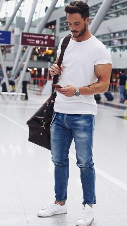 white-outfit-men2