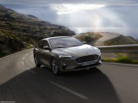 Ford-Focus_Sedan-2019-1024-05