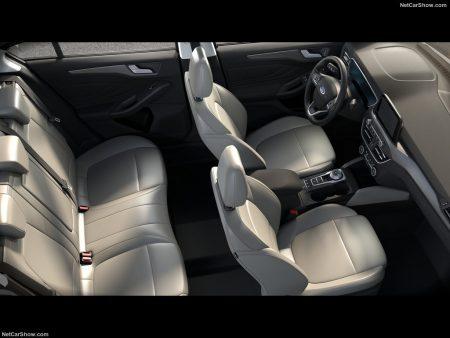Ford-Focus_Sedan-2019-1024-0b