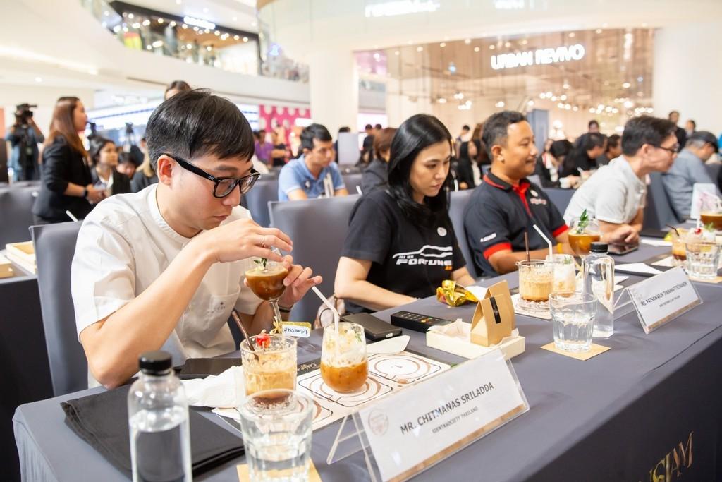 โตโยต้า สนับสนุนเกษตรกรผู้ผลิตกาแฟไทย จัดกิจกรรมค้นหากาแฟสูตรพิเศษ Toyota Signature Coffee