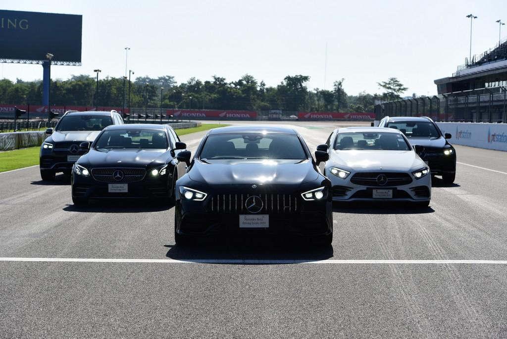 """เมอร์เซเดส-เบนซ์ จัดกิจกรรมอบรมเทคนิคการขับขี่ปลอดภัยขั้นสูง """"Mercedes-Benz Driving Events 2019"""""""
