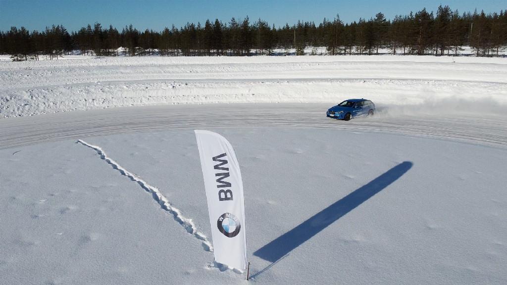JOY GO ICE DRIVING EXPERIENCE - Rovaniemi